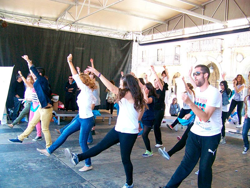 flashmob beatriz suavia plaza