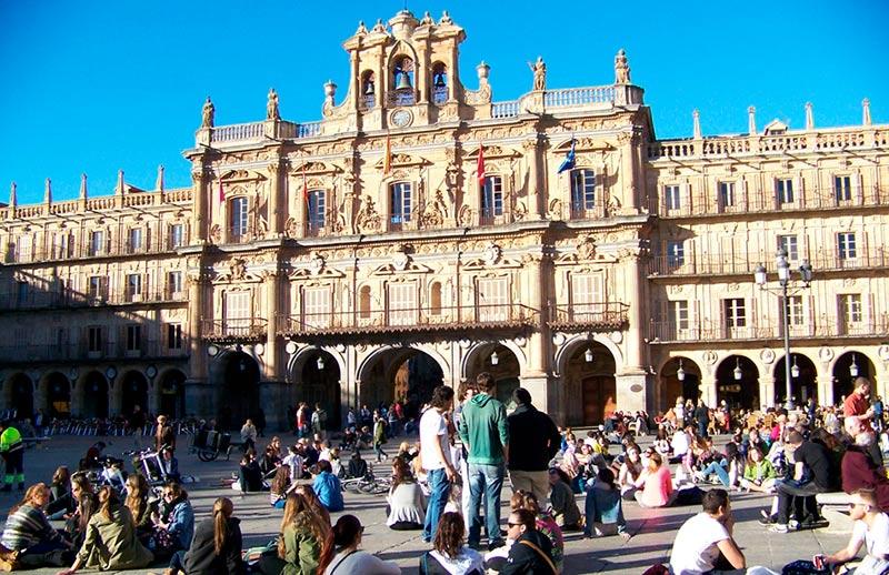 plaza mayor turistas