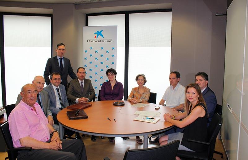 La caixa destina euros a 5 proyectos de ayuda en for Oficinas la caixa salamanca