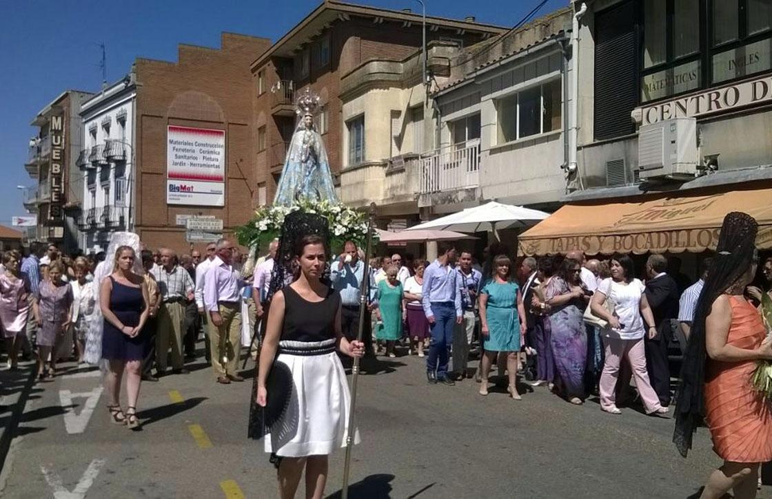 vitigudino fiestas agostoprocesion virgen socorro