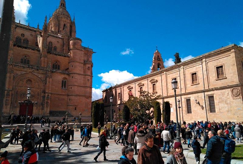 Salamanca aumenta el n mero de visitantes en semana santa pese al clima - Oficina de turismo en salamanca ...