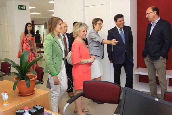 La junta invierte 20m desde 2015 en mejorar oficinas del ecyl - Oficina de empleo leon ...