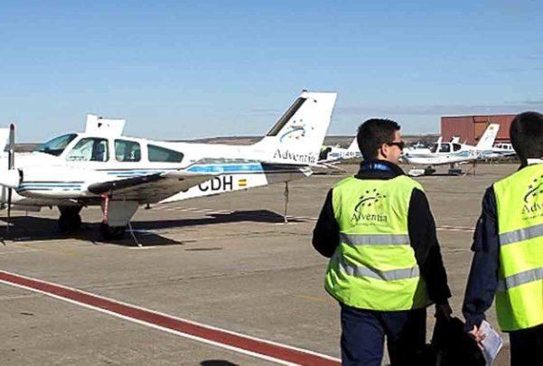 Dos heridos en el accidente de una avioneta de adventia for Salamanca 24 horas