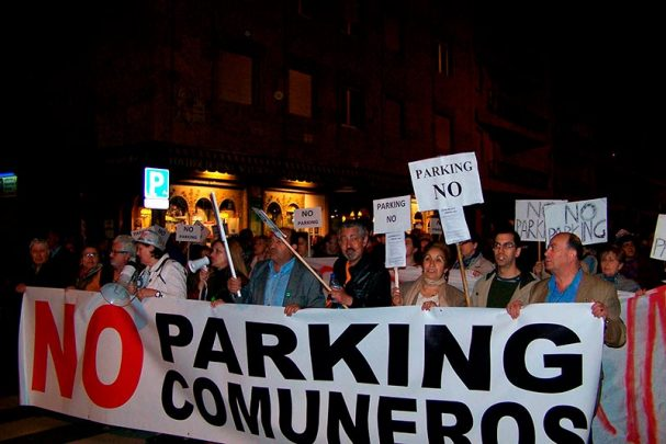 comuneros parking