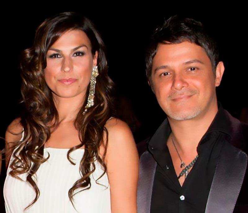 Alejandro Sanz y Raquel Perera padres de una niña llamada Alma.
