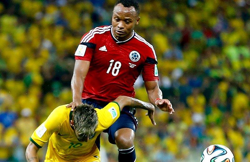 neymar vertebra