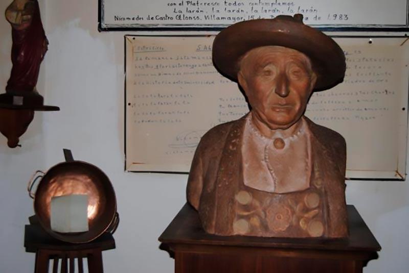 Nicomedes de Castro, 'Medes'.