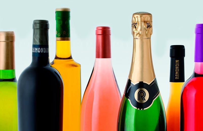 botellas de licores alcohol