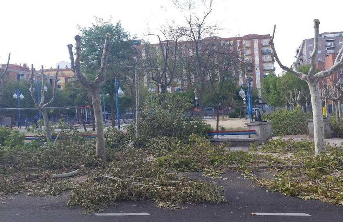 Las obras continúan en el parque de Garrido.
