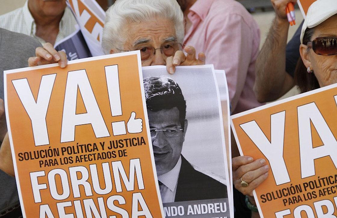 Una protesta de afectados por el fraude de Forum y Afinsa.