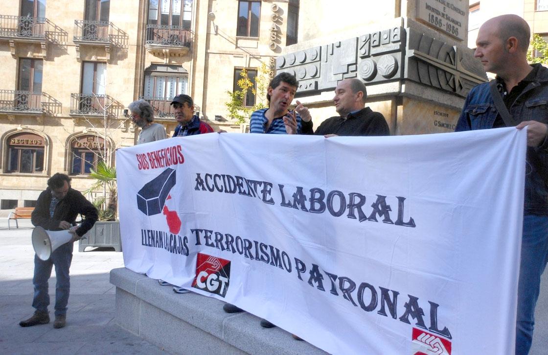 La CGT protestó este miércoles por la siniestralidad laboral.