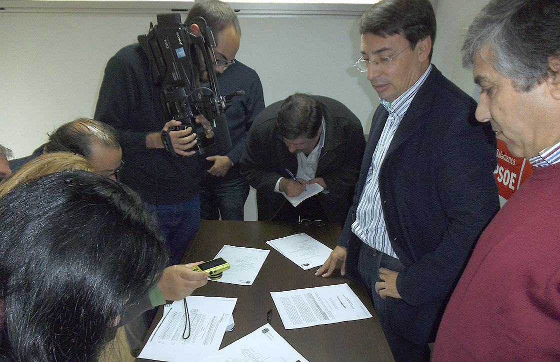 psoe diputacion fomento contratos adjudicaciones fomento