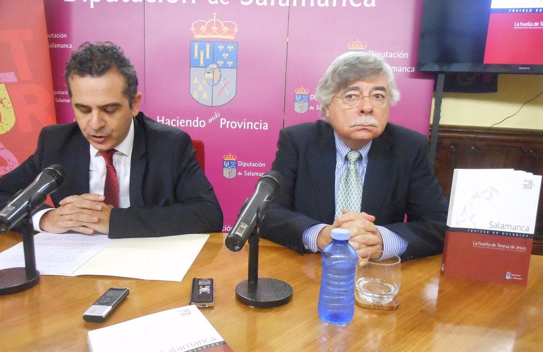 Manuel tostado, diputado de cuktura y el coordinador del libro roman alvarez