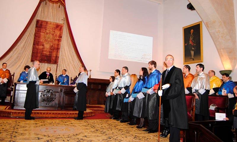 La investidura de 17 doctores centra la festividad de Santo Tomás de Aquino en la Usal.