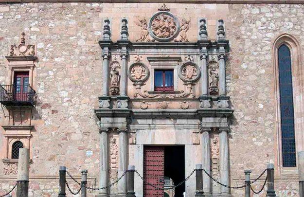 colegio arzobispo fonseca 2