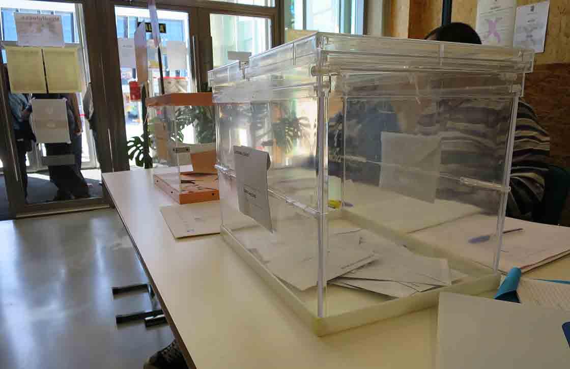 elecciones municipales urnas votos
