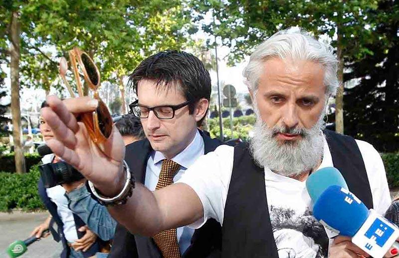 Marcos Benavent llega a los juzgados de Valencia.