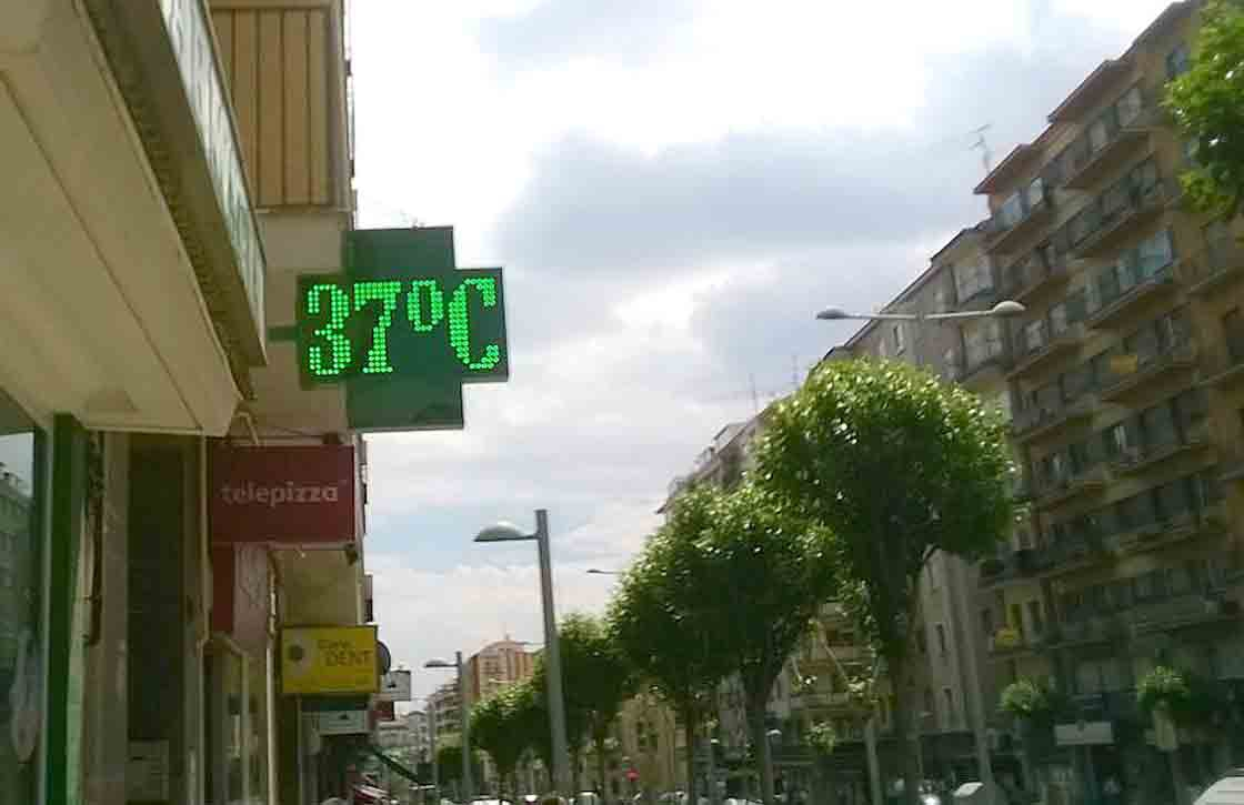 calor 37 grados a las 13 horas 4 junio 15