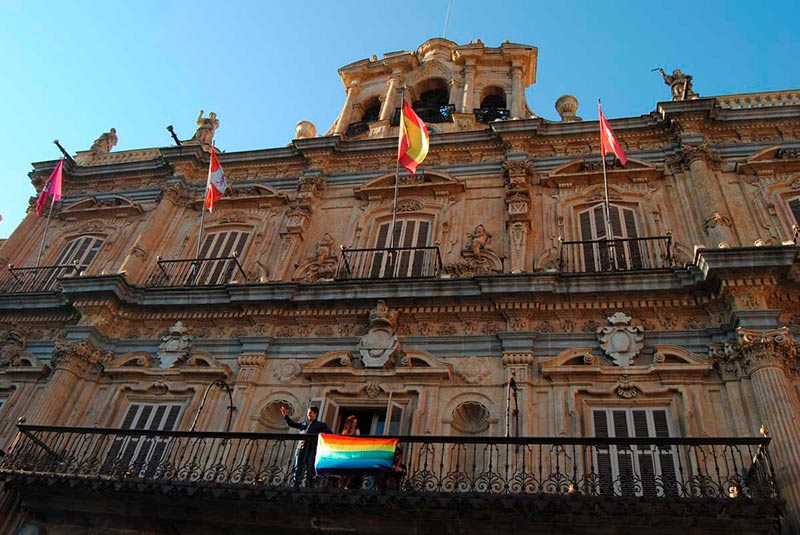 Día del orgullo Gay, bandera arcoiris Ayuntamiento de Salamanca