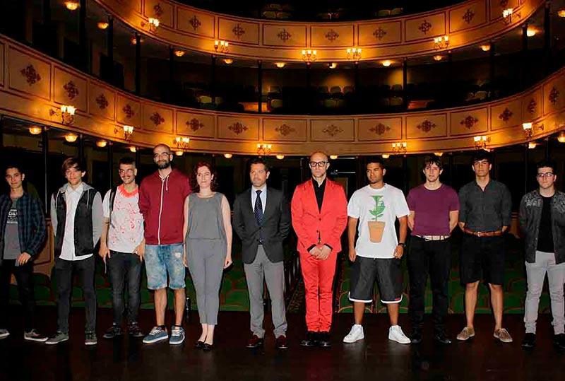Los participantes en la presentación del festival de música.