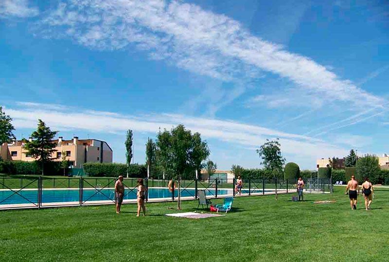 La piscina municipal del Helmántico.