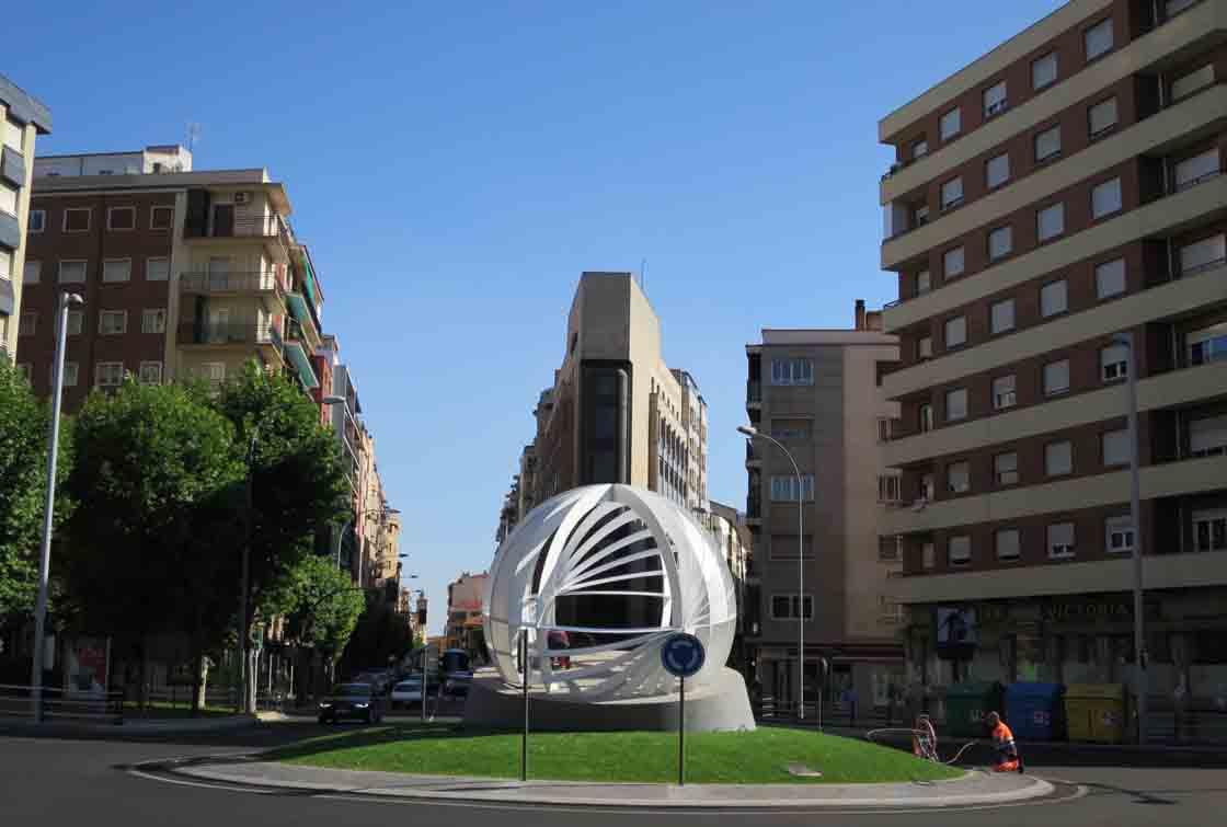 rotonda uds escultura