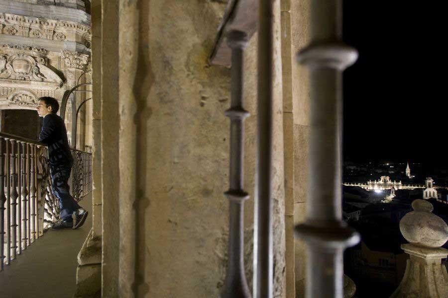 Salamanca de noche desde las torres de La Clerecía