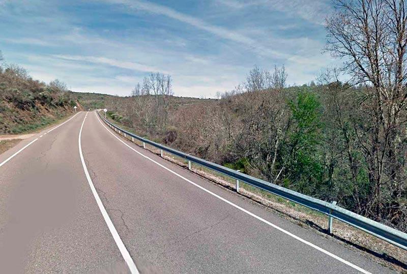 El accidente se produjo en las inmediaciones de este tramo.