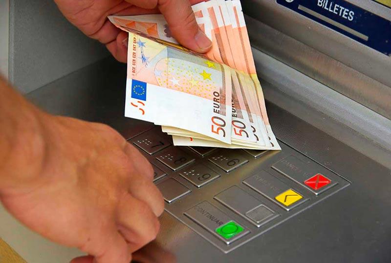 cajero automatico dinero banco caja