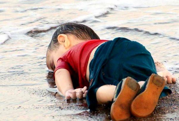 El niño sirio, el la playa turca de Ali Hoca Burnu.