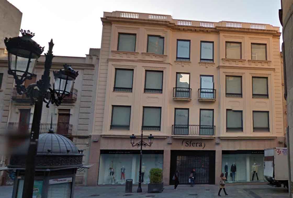 La fachada de Sfera en la calle Toro.