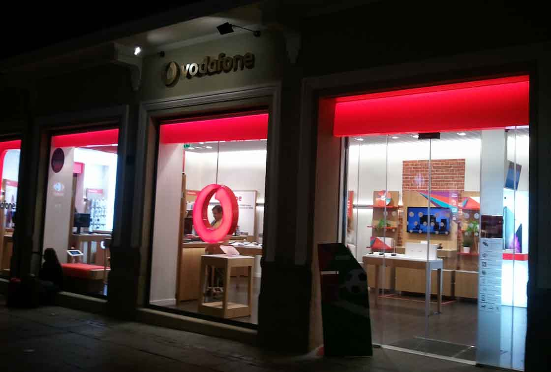 c1f063dda79 Vodafone despedirá a 1.200 empleados de su plantilla en España