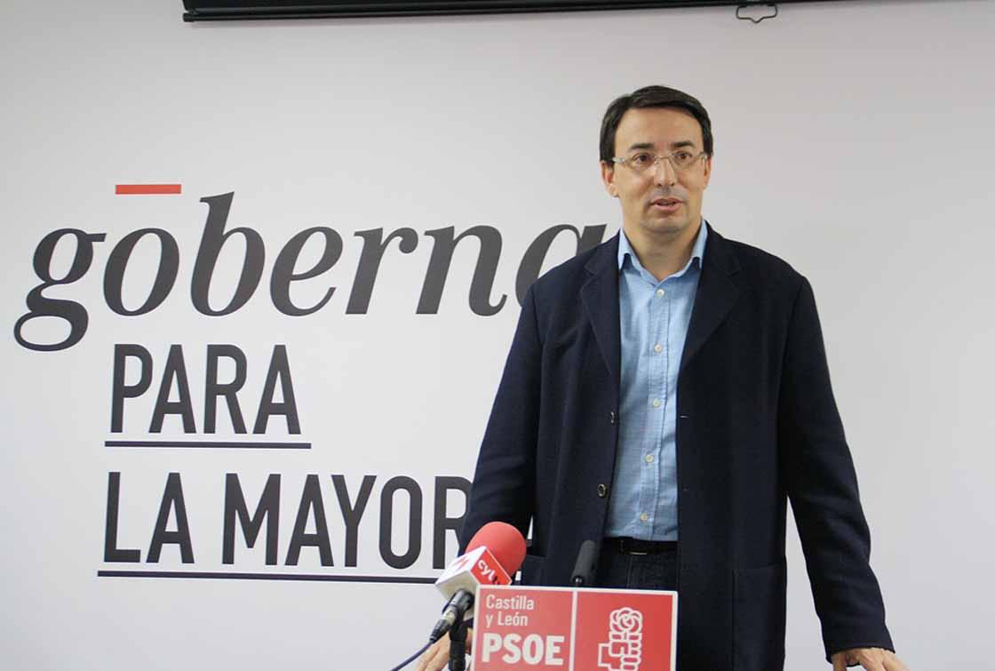 Fernando Pablos, secretario provincial del PSOE y procurador por Salamanca.