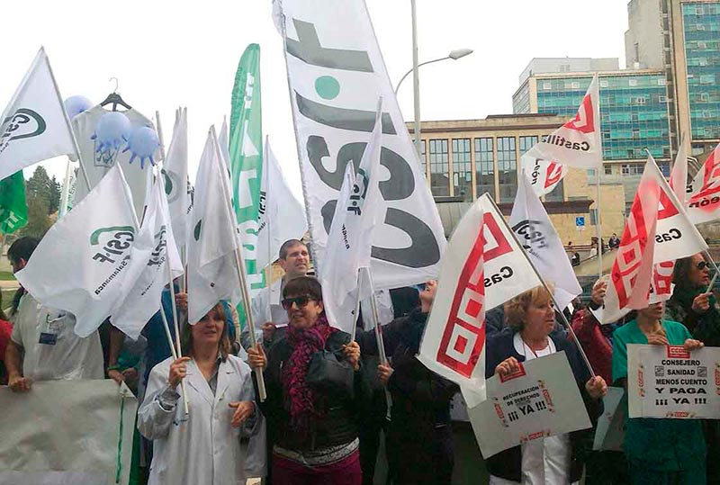 funcionarios protesta junta sanidad hospital extra bajas