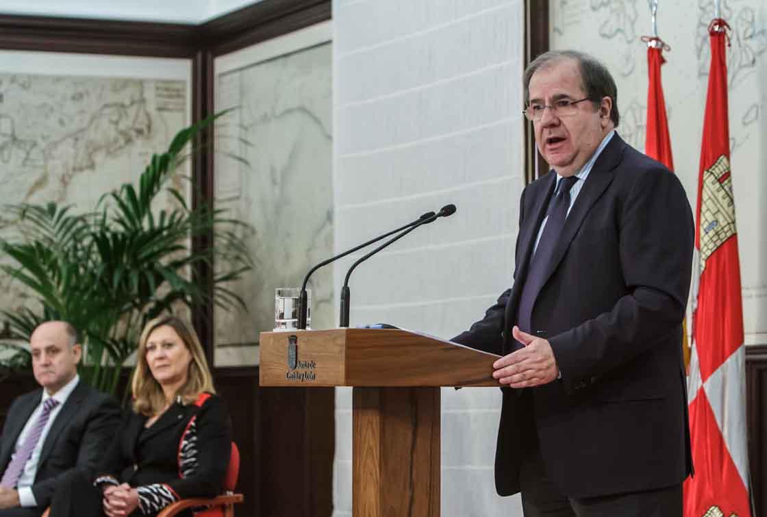 El presidente de la Junta, Juan Vicente Herrera, en la presentación de los presupuestos.