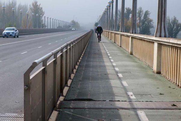 niebla carril bici puente universidad 2