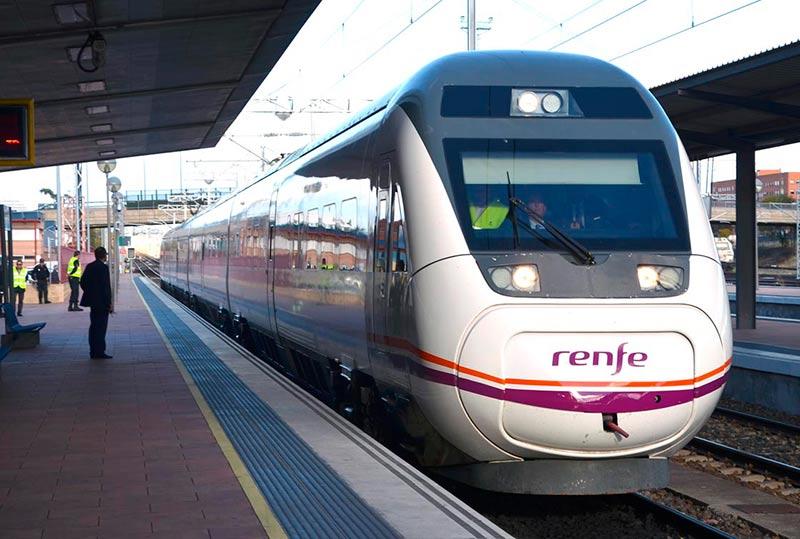 renfe alta velocidad ministra ave tren estacion