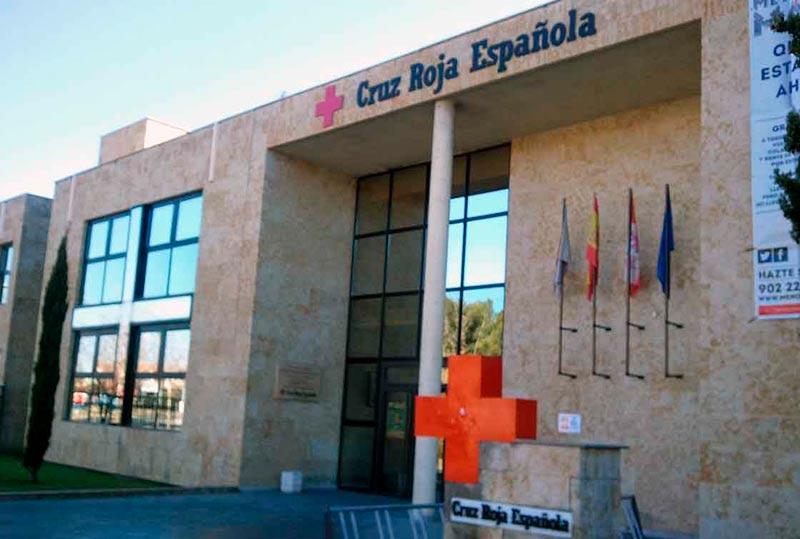 La entrada a la sede de Cruz Roja.