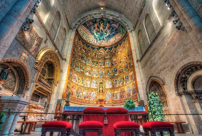 Orquesta Stradivari ofrece un concierto benéfico de Navidad en la Catedral a favor de Cáritas de Salamanca el 15 de diciembre