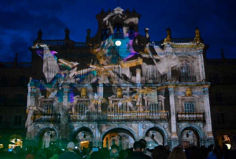 La Plaza Mayor se cae a pedazos en la edición de 2016.