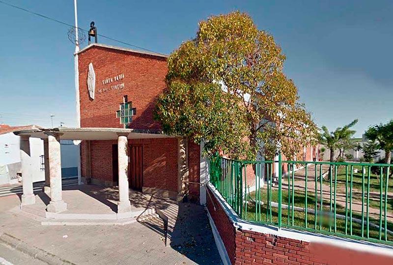 La parroquia de nuestra señora de la Asunción, en Puente Ladrillo.