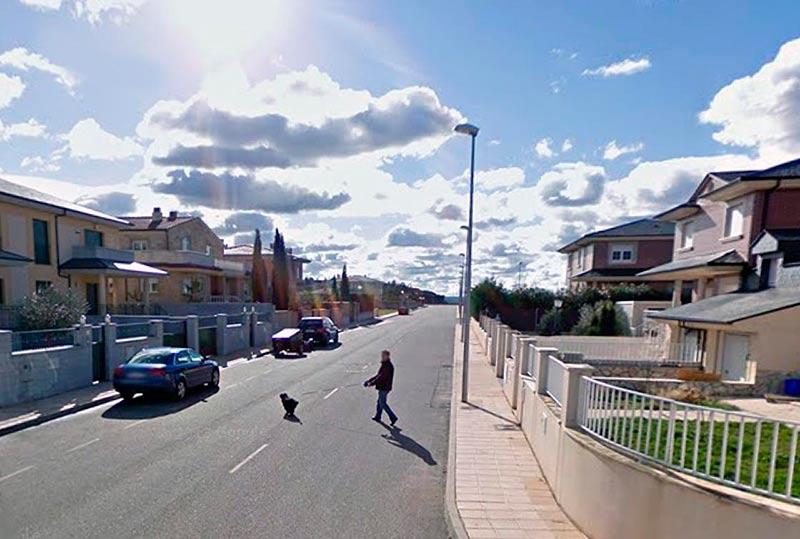 El accidente ocurrió en la calle Calatrava de la urbanización La Vereda.