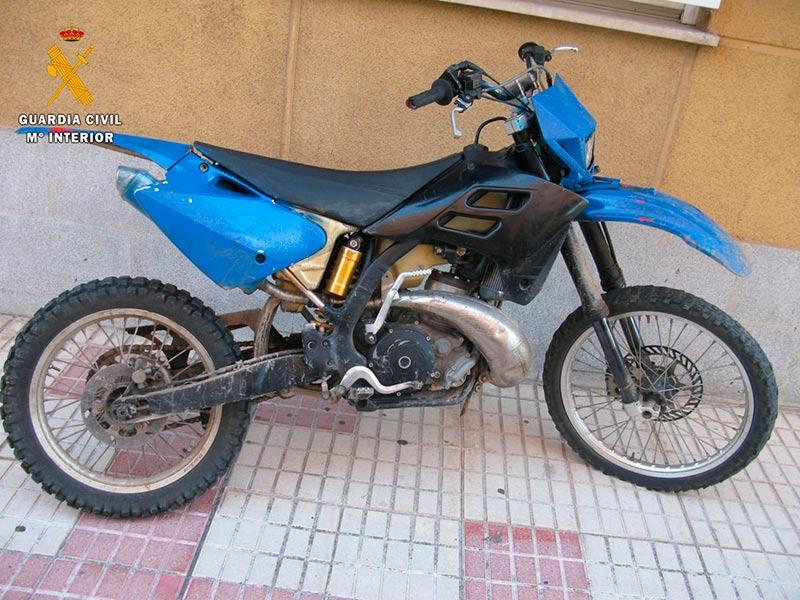 La moto robada en 2013 que la Guardia Civil ha devuelto a su dueño.