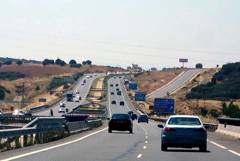 trafico puente agosto autovia ruta plata 5