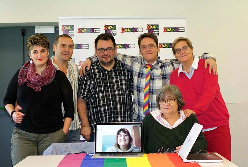 Los representantes de los colectivos reunidos en Salamanca.