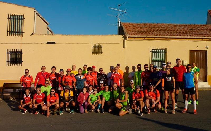 I Trail Escarpes del Tormes se prepara para la salida y para ello invitó a varios clubes a que conocieran el recorrido por tierras de Cabrerizos.