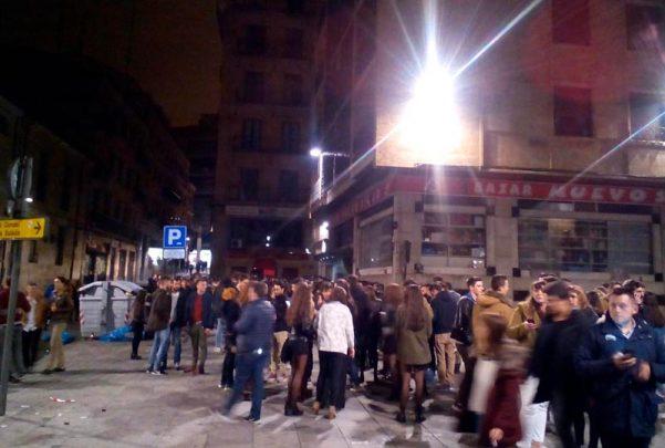 noche-fiesta-discoteca-bisu-cola