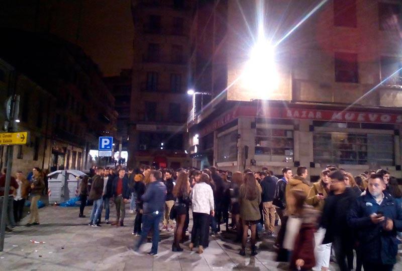 La pelea tuvo lugar junto a la discoteca Bisú. FOTO. ARCHIVO