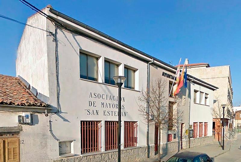 El Ayuntamiento de Castellanos de Moriscos.