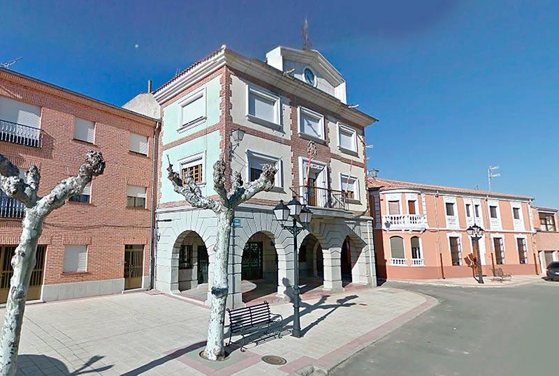 El Ayuntamiento de Cantalapiedra.